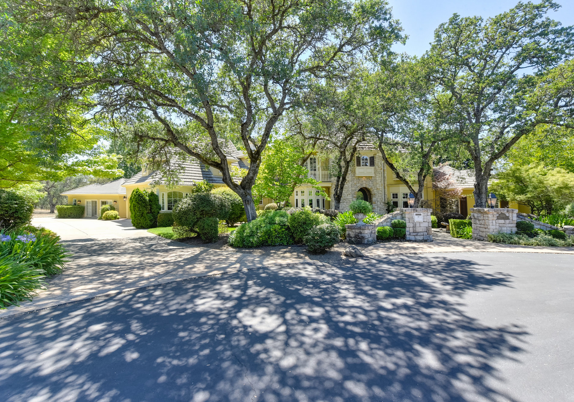 5030 Waverly Court-4-WEB
