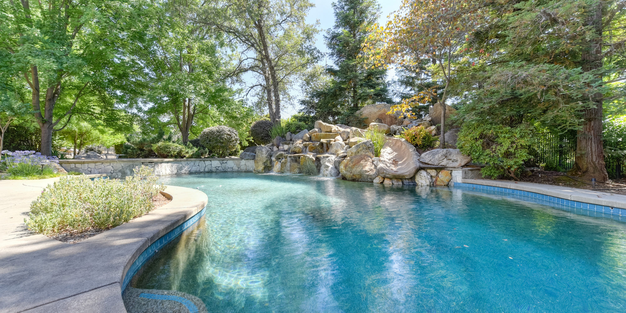 5030 Waverly Court-68-WEB