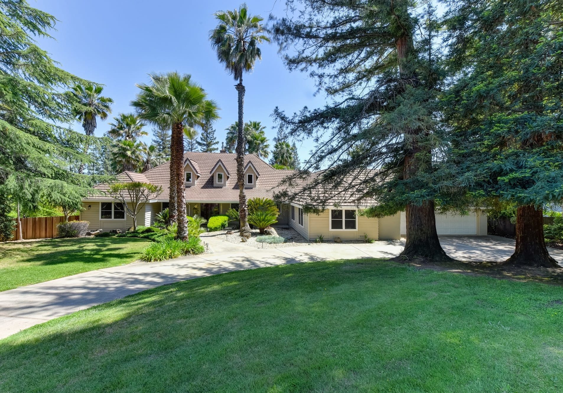 6390 Oak Hill Drive-3-WEB
