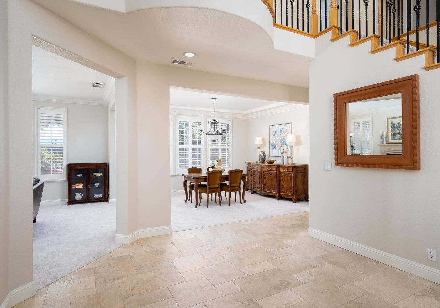 8755 Brookdale Cir Granite Bay-large-013-010-Foyer-1500x998-72dpi