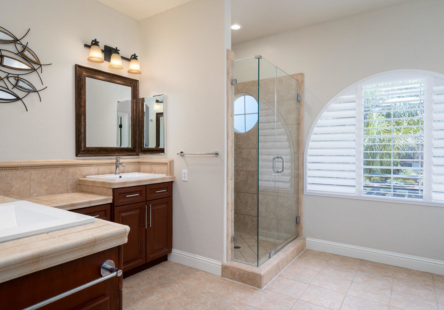 8755 Brookdale Cir Granite Bay-large-033-032-Master Bath-1500x1000-72dpi