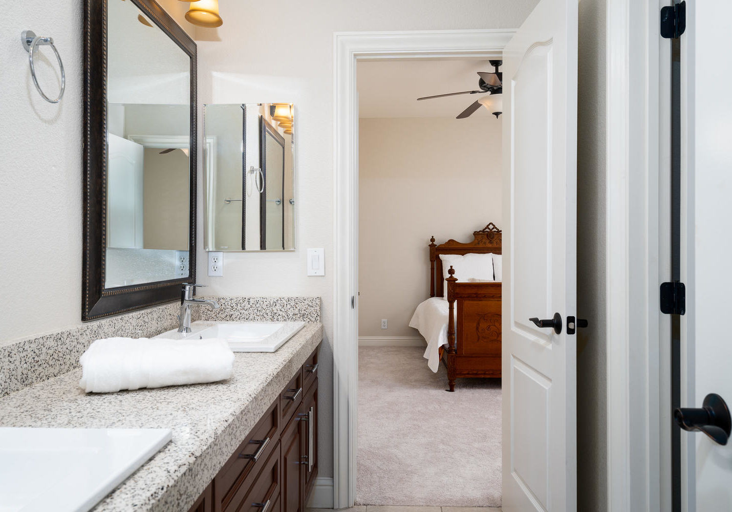8755 Brookdale Cir Granite Bay-large-038-036-Bathroom-1500x1000-72dpi