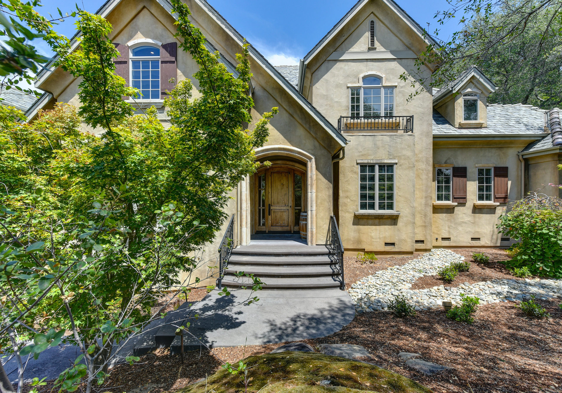 9974 Granite Point Court-8-WEB